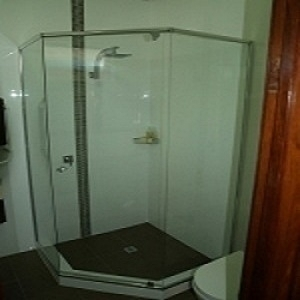 semi-framed-shower-screen-.jpg